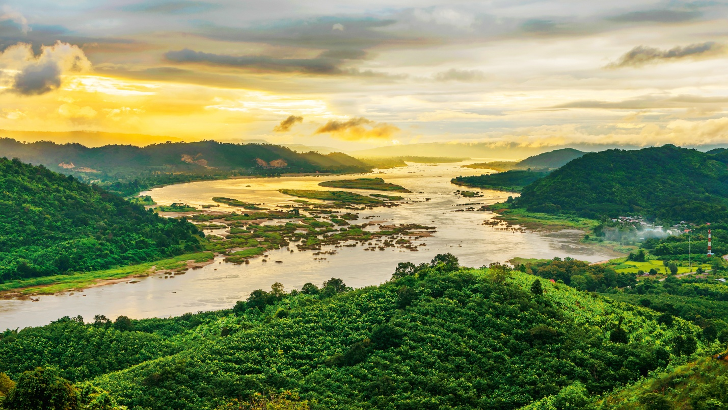 River Cruise on the Mekong: Cambodia and Vietnam in Photos - To Pictures of the mekong river